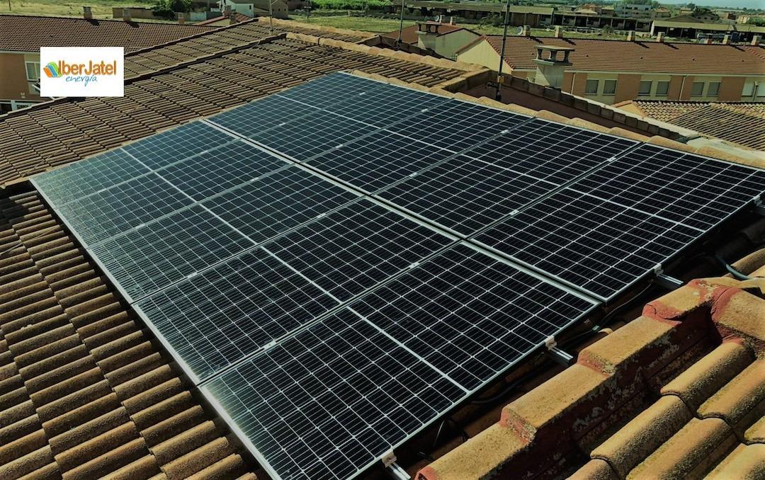 paneles solares con iberjatel